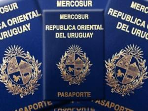 Uruguay passport